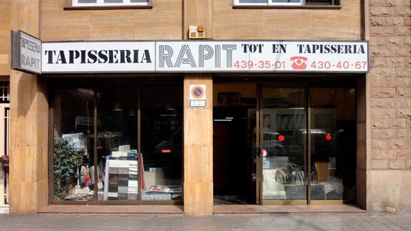Tapisseria-Rapit-Barcelona-Entrada-Carrer-Londres-Entrada-600x